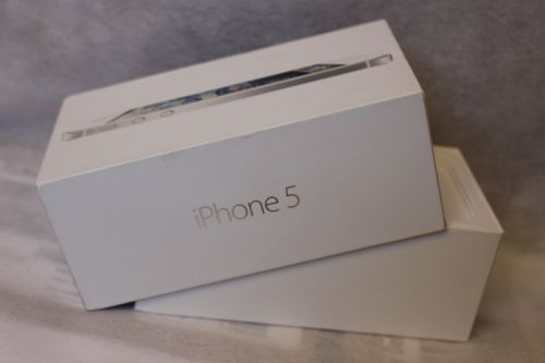 Iphone 5 box only Original with 3 pin charging plug and earphone
